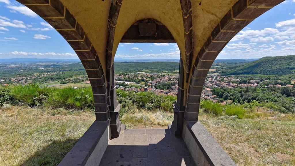 Notre-Dame-de-la-Garde in Volvic