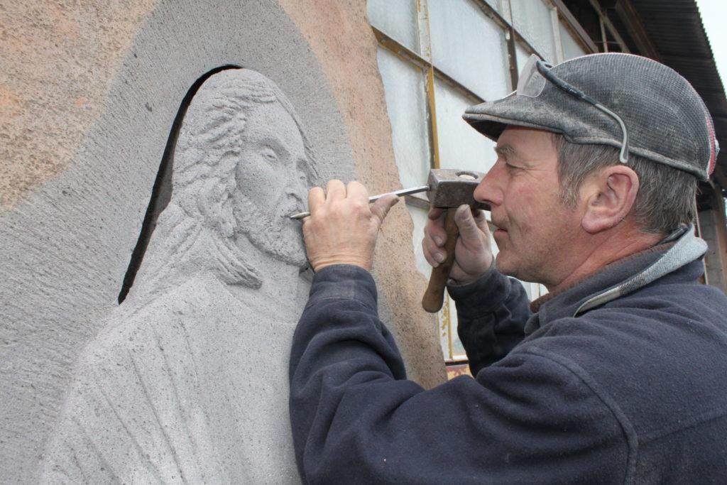 Atelier taille de pierre Volvic