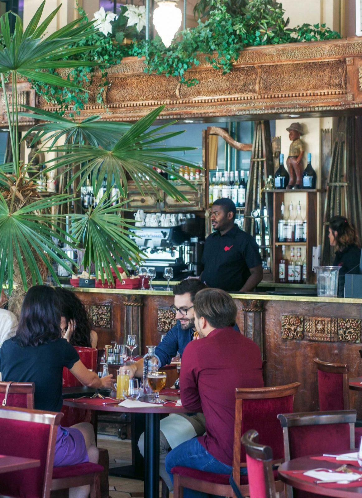 Repas au restaurant Le Colonial du Casino de Châtel-Guyon