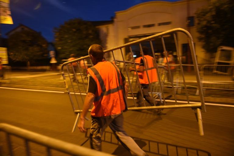 Préparatifs de la ville pour le Tour de France 2020 à Châtel-Guyon