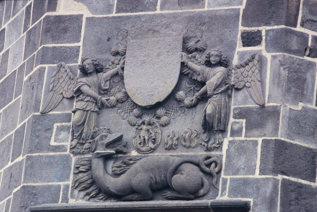 Salamandre sur la façade de la Tour de l'Horloge