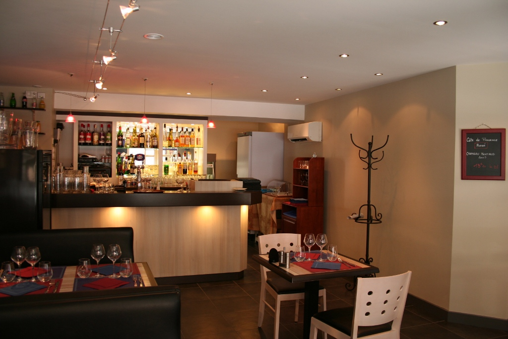 RIOM restaurant antre2 bar