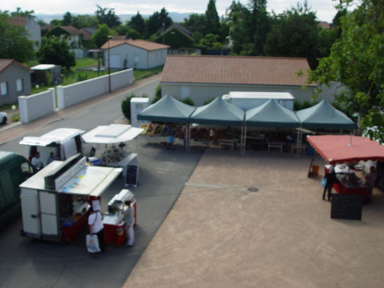 Le petit marché du Cheix sur Morge