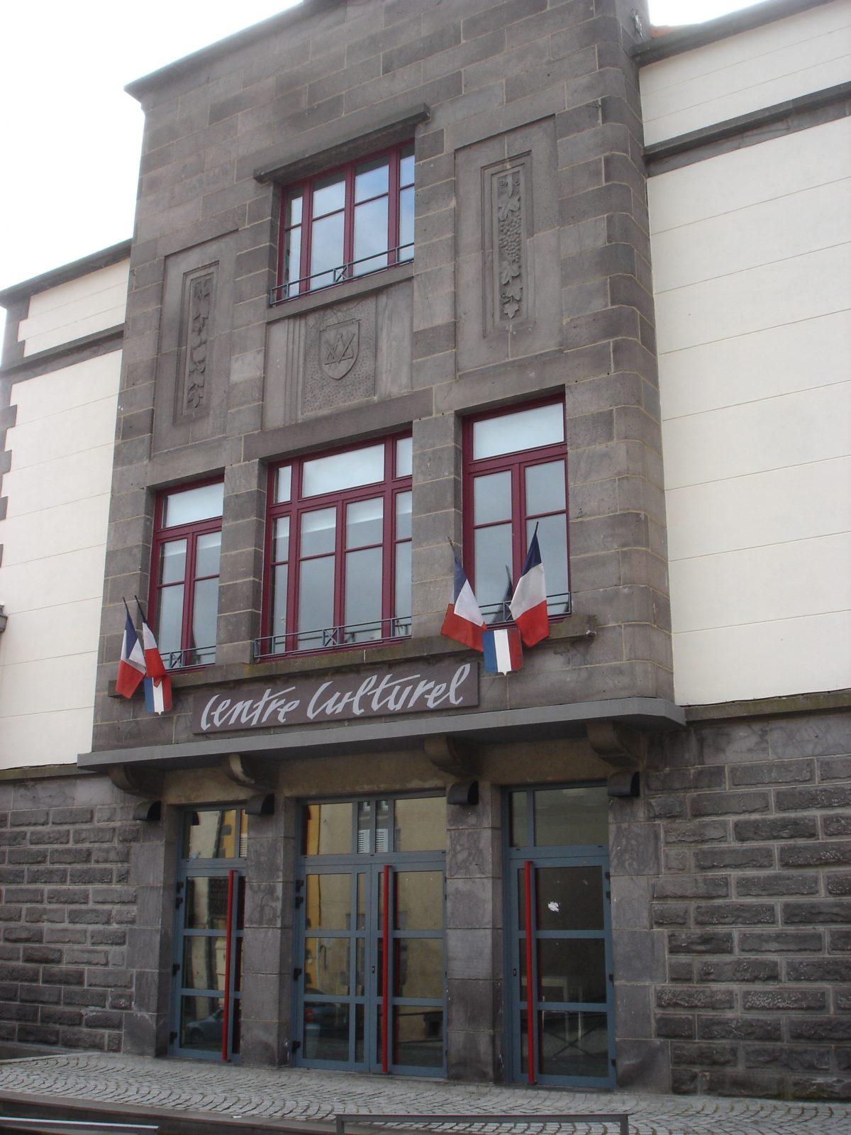 Centre Culturel La Source à Volvic