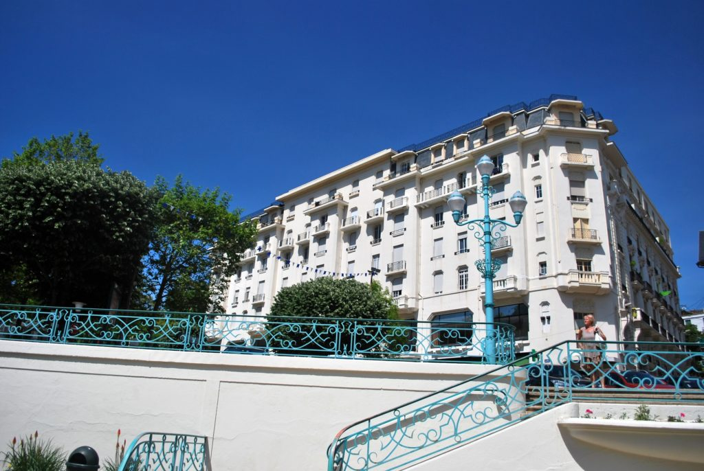 Au Grand Hôtel 319